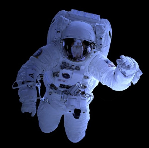 cover-hook-astronaut